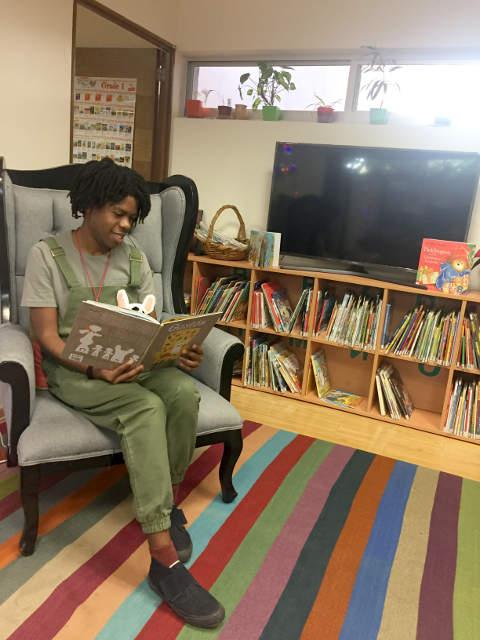 Christian Robinson FIL Guadalajara 2016 lectura en voz alta gaston